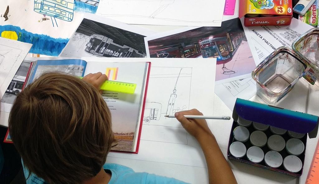 VIII конкурс детских рисунков «Трамваи и троллейбусы в городе на Неве» Горэлектротранс посвятил 85-летию троллейбуса
